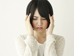 通院頻度に悩む女性